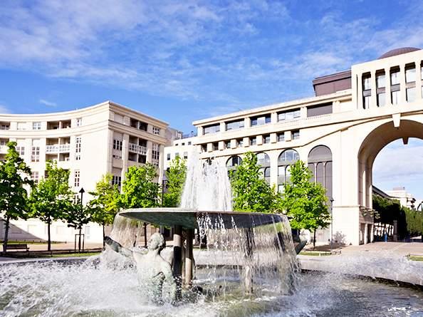 Chasseur immobilier à Montpellier cherche appartement de standing quartier Antigone
