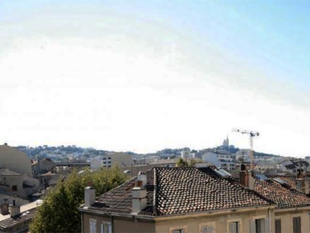 Chasseur immobilier Marseille recherche appartement étage élevé dans le 13